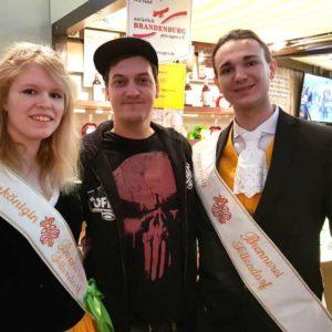 Kornkönigspaar Natalie und Franz mit LeFloid